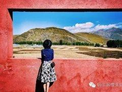 在一家有天然画框的民宿,将自己留在风景里