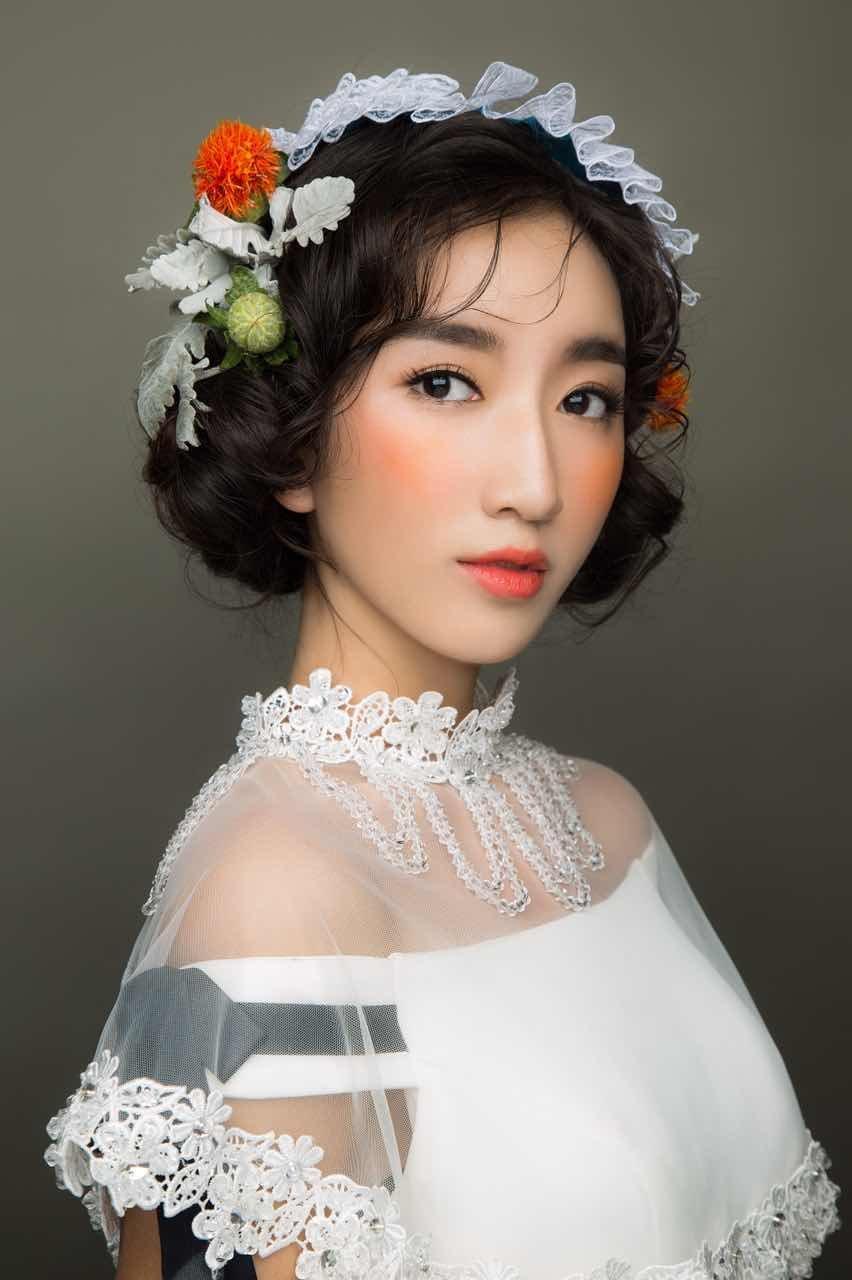 怎样化妆是自然立体风格妆容?
