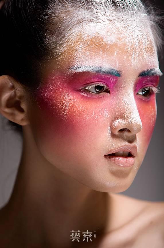 这才是昆明最时尚的化妆学校!