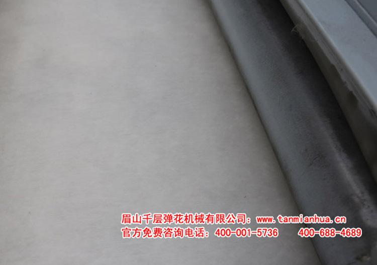 杀菌除螨6MTB101(101)-18A四罗拉双辊拉丝吸尘给棉板弹花机的梳理棉花效果:平整、漂亮