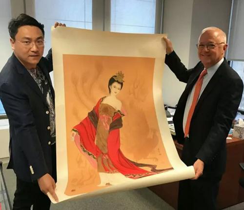 崔景哲和他的中国红走向世界,成为艺术新风尚