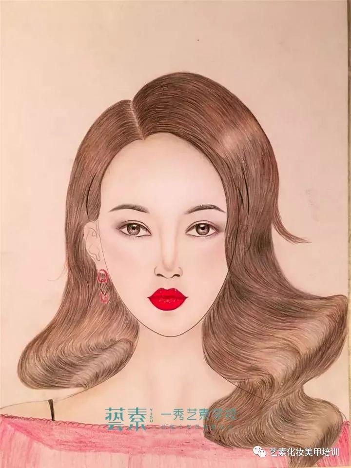 昆明手绘纸妆 | 她没有绘画功底,却画出了艺术家的水平!