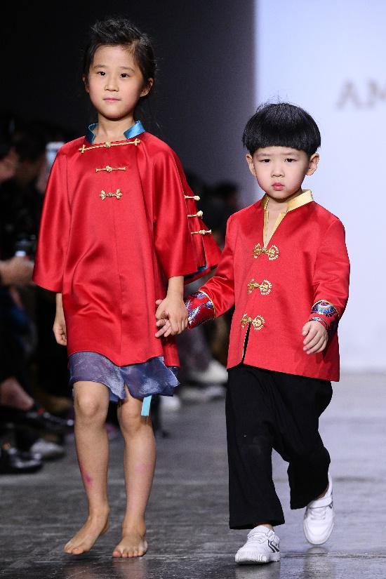 中國領先親子品牌AmelieWang紐約時裝周秀中國元素